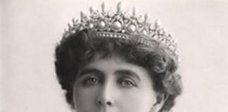 Regina-Maria-finete-si-eleganta
