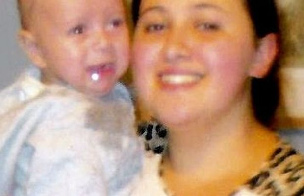 O adolescentă româncă şi bebeluşul ei sunt dispăruţi în Marea Britanie