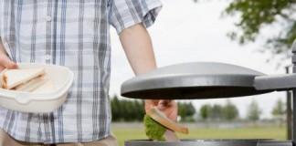 Românii risipesc anual 1,85 milioane de tone de alimente