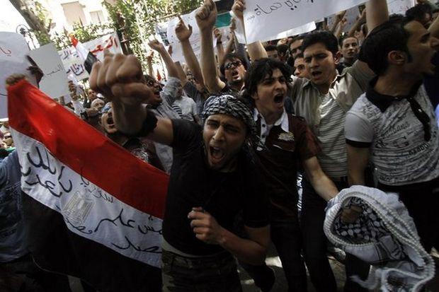 Bilanţul violenţelor din Siria depăşeşte 45.000 de morţi