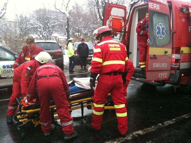 București: Un bărbat, lovit de tramvai pe Bulevardul Pallady, la traversarea neregulamentară