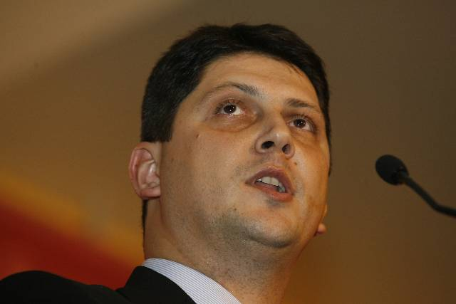 Corlățean: Românii au contribuit la economia Marii Britanii