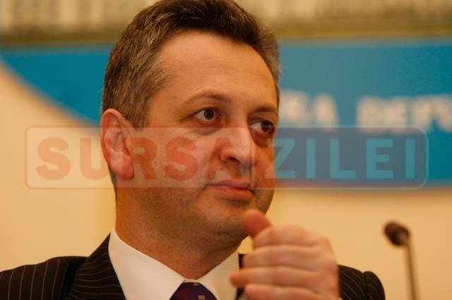 Fenechiu: CFR Marfă şi TAROM vor fi privatizate
