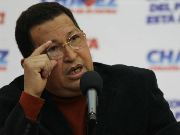 Opoziţia îndeamnă la manifestaţii în cazul amânării ceremoniei de învestire a lui Hugo Chavez