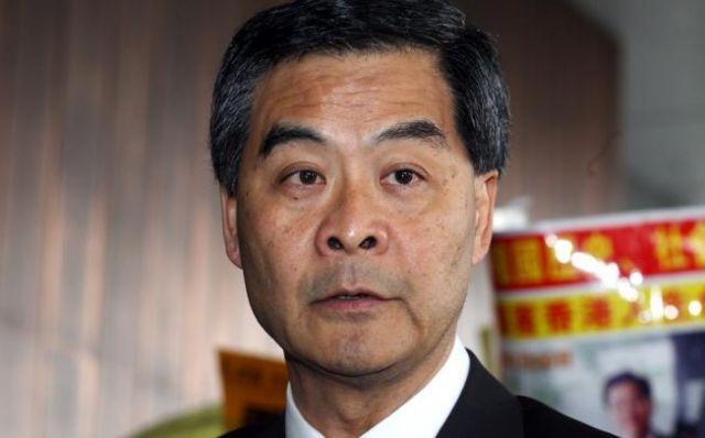 Tentativă de destituire a şefului executivului la Hong Kong