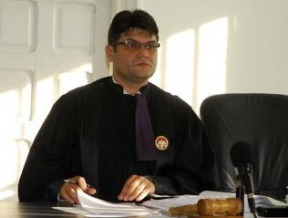 Judecătorul orădean Mircea Puşcaş, cercetat în libertate pentru corupţie
