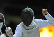 Mario Monti a anunţat candidatura campioanei olimpice de scrimă Valentina Vezzali