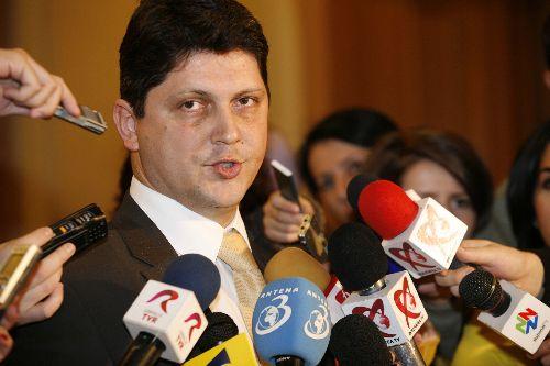 Corlățean: Al treilea român supraviețuitor din Algeria a ajuns în țară
