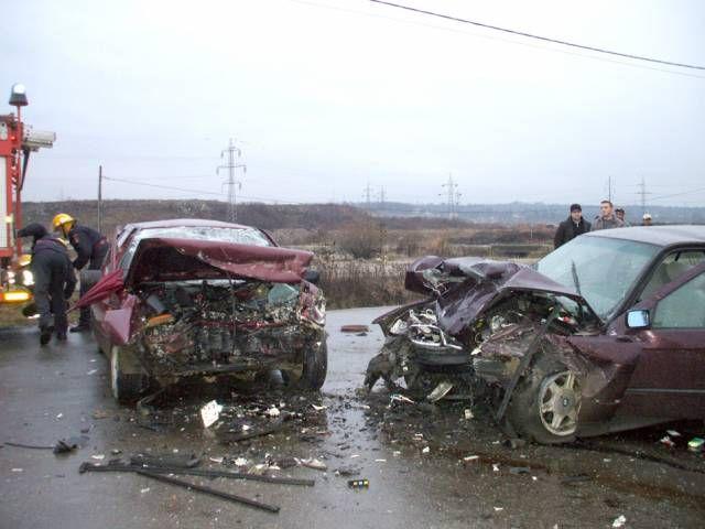 13 morţi în accidente rutiere de Revelion