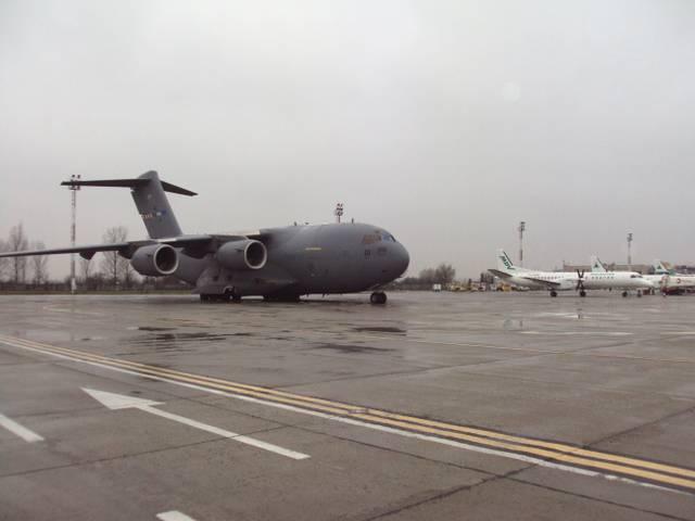 Aeronava militară pentru repatrierea cetăţenilor români, a decolat