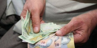 Contribuţiile de sănătate reţinute vor fi restituite pensionarilor până în toamnă