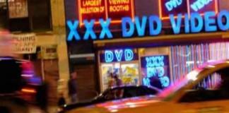 Industria porno se revoltă împotriva autorităților din Los Angeles