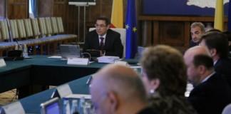 Taxa auto, bugetul pe 2013 şi vizita delegaţiei FMI, discutate în guvern vineri