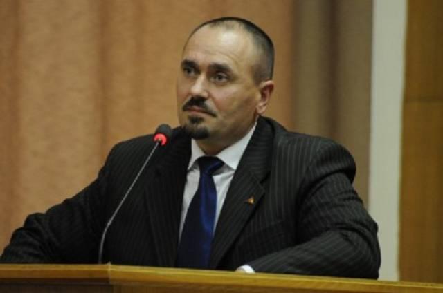 Procurorul general al Republicii Moldova s-a suspendat din funcţie