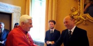 Traian Băsescu, ultimul şef de stat din Europa care va fi primit de Papa Benedict al XVI-lea, la Vatican