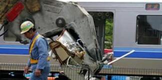 Zeci de răniţi în urma deraierii unui tren în vestul Japoniei