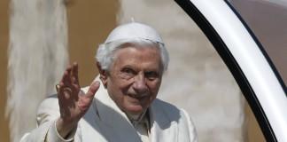 Zi istorică: Benedict al XVI-lea părăseşte tronul Sfântului Petru