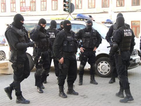 descinderi - politie