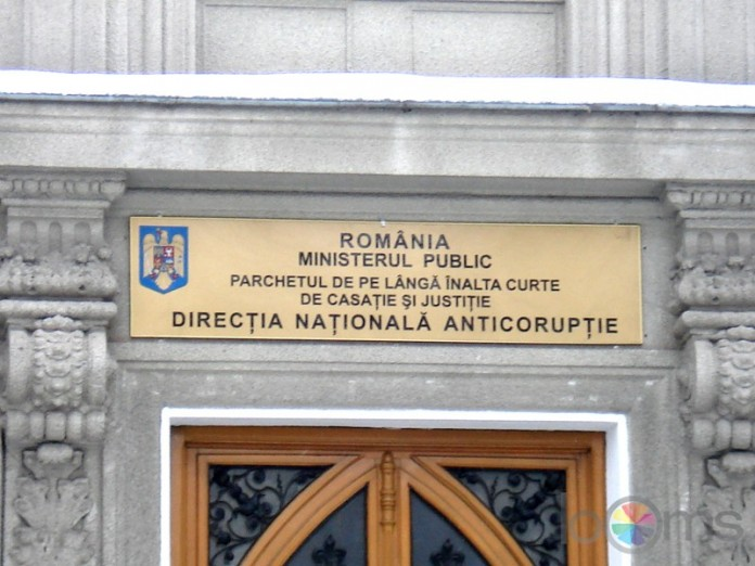 DNA: Un director și un consilier la cabinetul ministrului Muncii, urmăriți penal