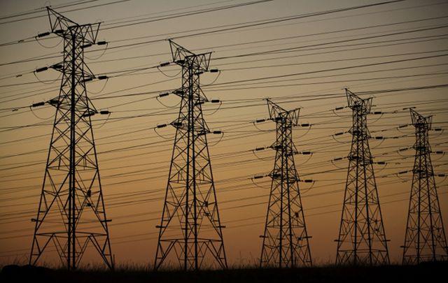 Deloitte: România riscă sancțiuni din partea Comisiei Europene din cauza noilor taxe din energie