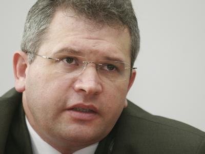 Ilie Botoş, schimbat de la şefia Direcţiei de Informaţii a Armatei