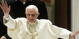 Papa Benedict al XVI-lea, prima apariție publică, după anunțul retragerii
