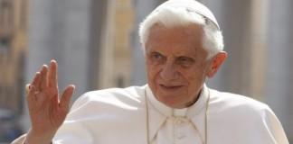 Papa, acuzat de crime împotriva umanității