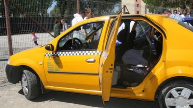 Un elev, principalul suspect în înjunghierea unui taximetrist