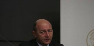 Traian Băsescu a refuzat să promulge statutul parlamentarilor