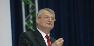 Familia Oprescu, cel mai generos sponsor al primarului general în campania electorală