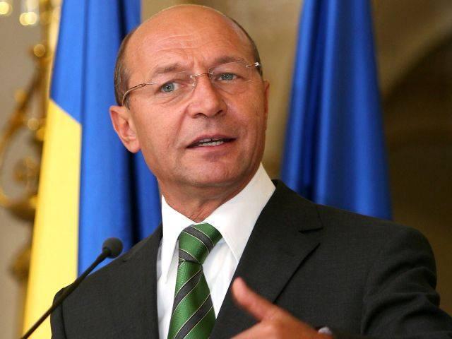 Basescu: Salut poziţia premierului pentru mandatul reprezentantului în şedinţa pe Schengen
