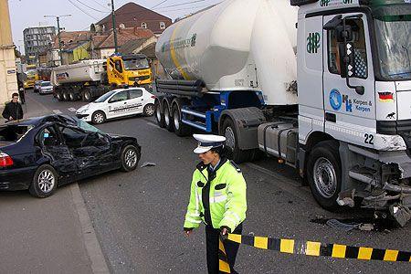Cluj: Cinci persoane au murit în urma unui accident rutier