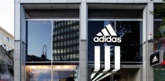 Adidas inventează cabina virtuală de probă. VIDEO