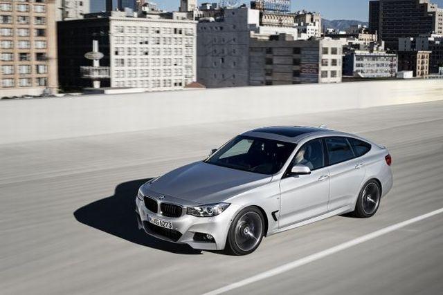 BMW a revenit pe primul loc al vânzărilor în februarie, în lupta globală cu Audi și Mercedes