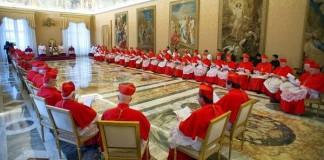 Cardinalii se reunesc la Vatican pentru pregătirea conclavului de alegere a papei