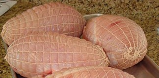 Alertă în Germania: carne de curcan cu reziduuri de antibiotic, de la o fermă din România