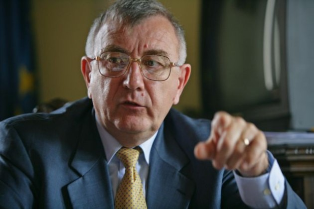 Chiliman: Fenechiu ar trebui să-și dea demisia, iar PNL să îi retragă sprijinul politic