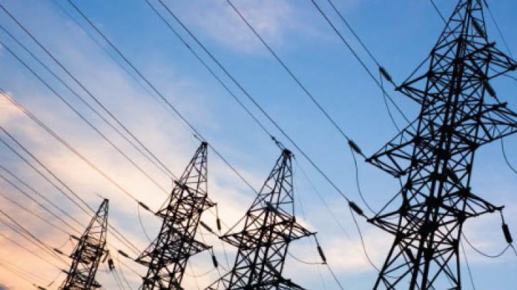 Guvernul va proteja familiile cu venituri mici de creşterea preţurilor la energia electrică