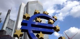 Ernst&Young: Zona Euro va avea o scădere de 0,5% în 2013. Pentru 2014, prognoza este +1,1%