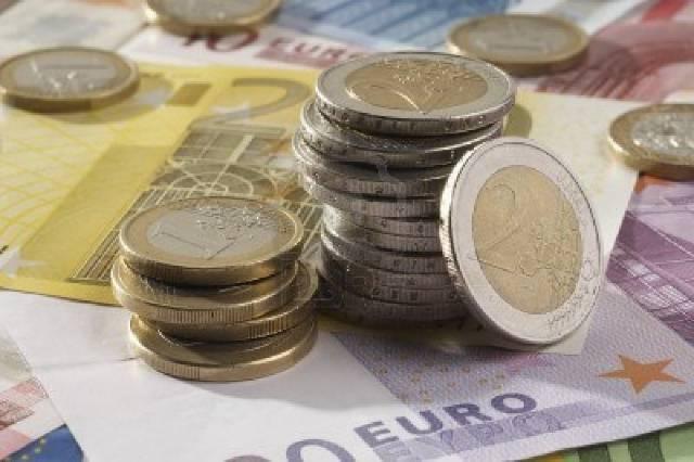 """Partidul """"Alternativă pentru Germania"""" cere eliminarea monedei unice"""