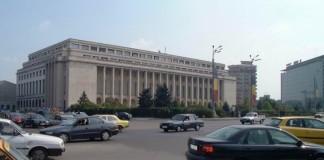 Protest la Guvern: 600 de persoane au blocat circulaţia