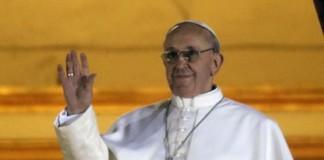 Papa Francisc vrea o cameră simplă şi un scaun obişnuit în locul tronului papal