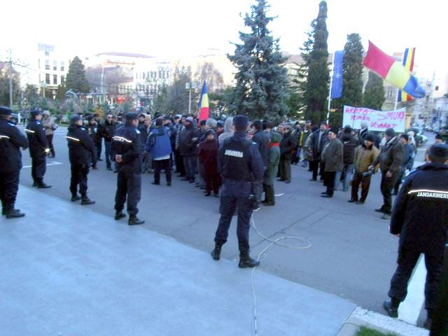 Sindicaliştii de la metrou protestează miercuri la Ministerul Transporturilor