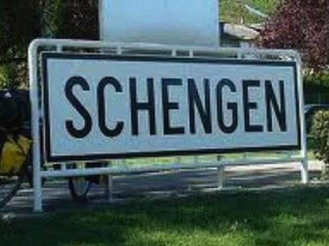 Ministru olandez: Aşteptăm raportul MCV din decembrie pentru o decizie pe Schengen