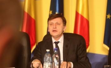 Antonescu: Ponta şi-a asumat ministerul Justiţiei