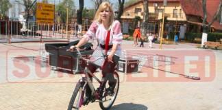Elena Udrea bicicleta