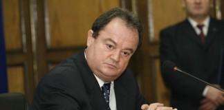 Blaga: PDL contestă luni la Curtea Constituțională Legea imobilelor naționalizate