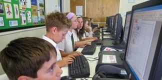 Studiu al UE despre folosirea computerelor în școli: România suferă la capitolul echipării tehnologice