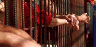 Un deținut a încercat să se sinucidă la Tribunalul Constanța