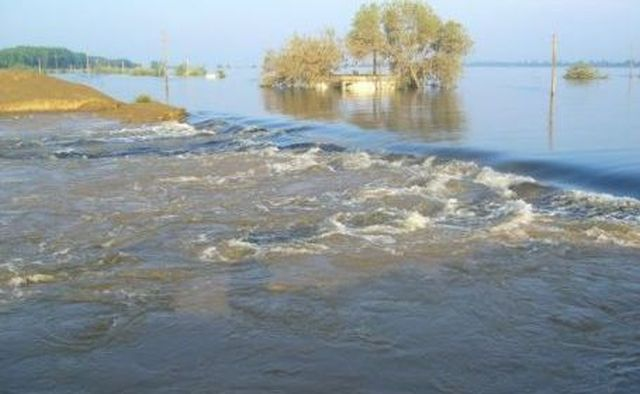 Aproape 15.000 de gospodării amenințate de revărsarea Dunării